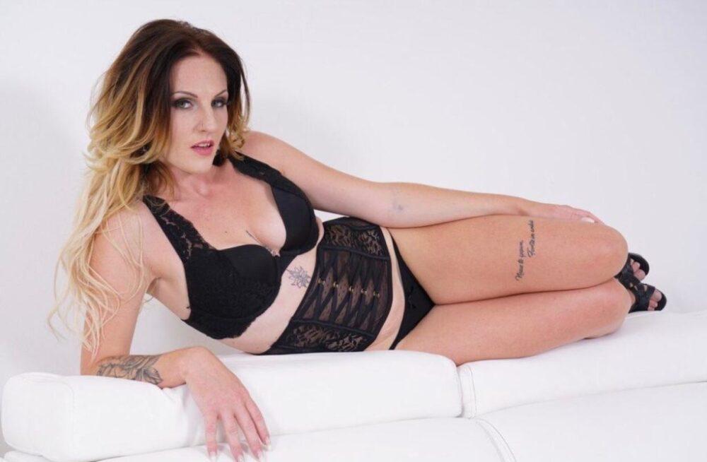 Nina Angel X : Gacox vous dit le pire scénario de cette actrice p*rno, vous allez être choqué